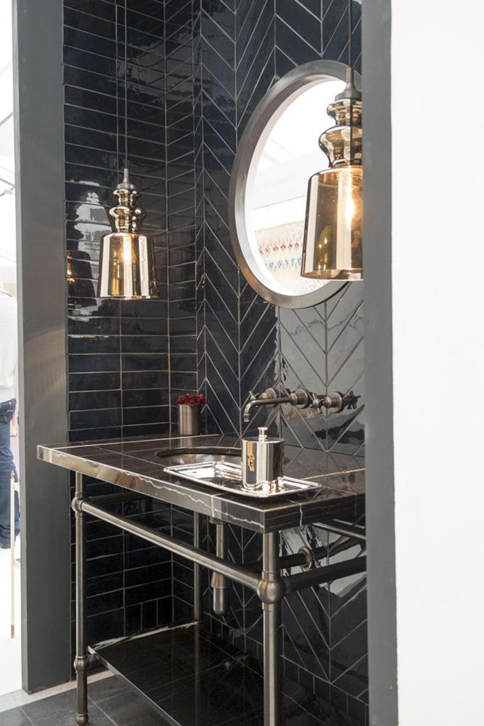 Simple Black Bathroom Ideas  Terrys Fabrics39s Blog