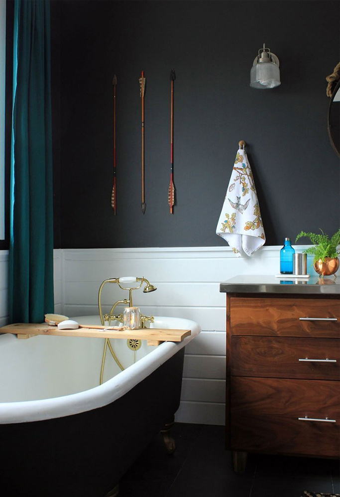 Black and white bathroom inspiration tile mountain for Benjamin moore slate grey