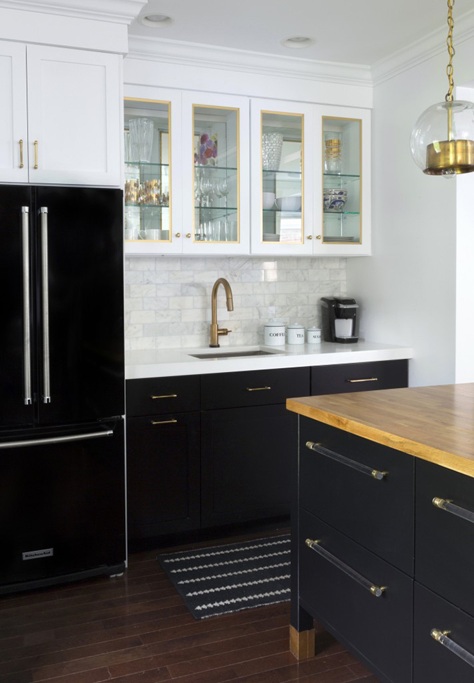 Tuxedo kitchen inspiration in black and white tile mountain for Black and white kitchen cabinet designs